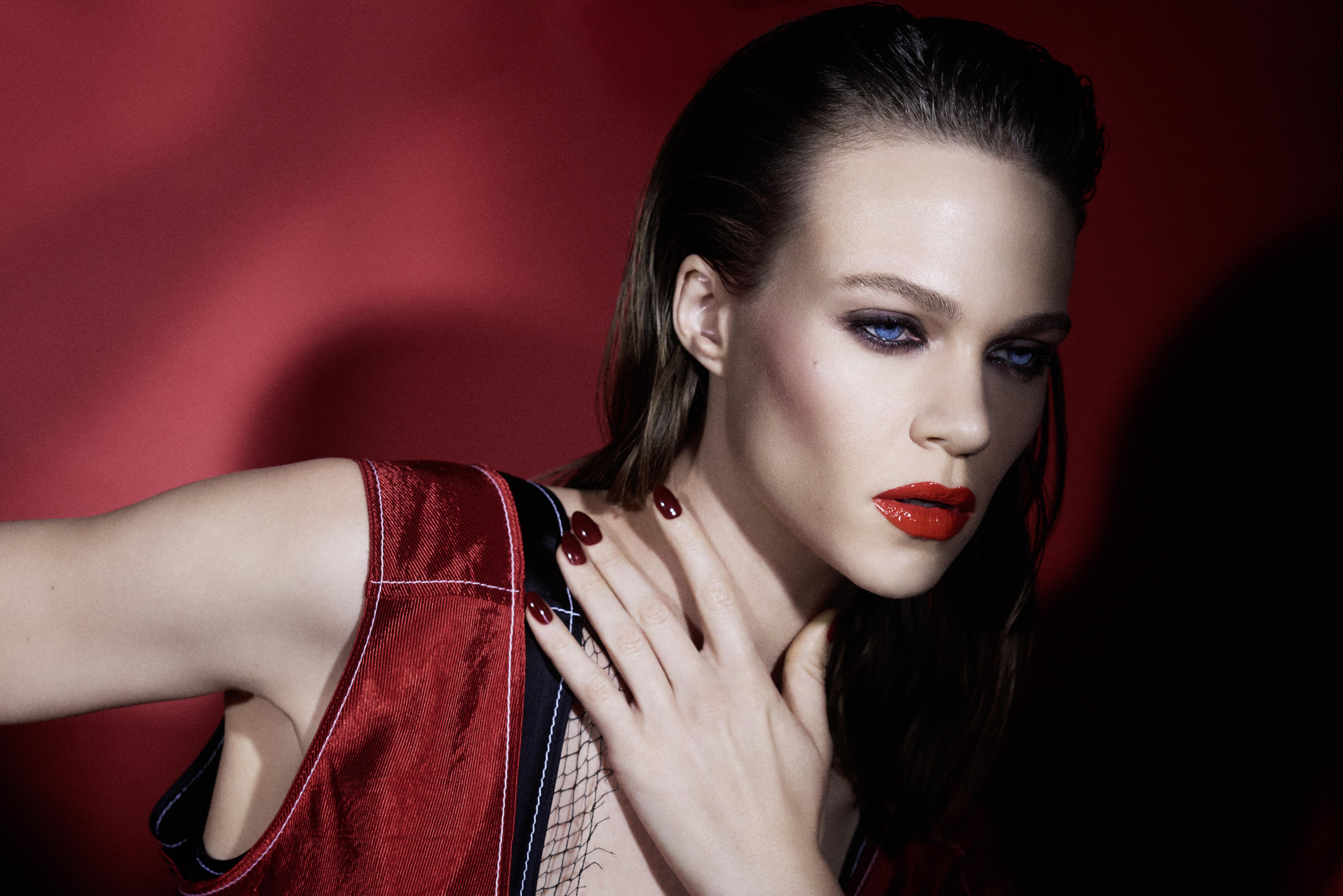 grazia magazine beauty shoot red